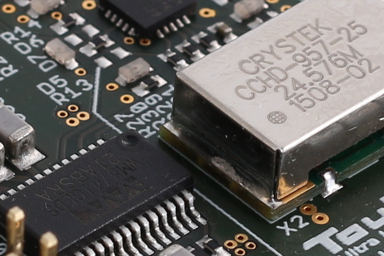 Raspberry Pi DAC - WM8741 DACs and CCHD-957 Oscillators